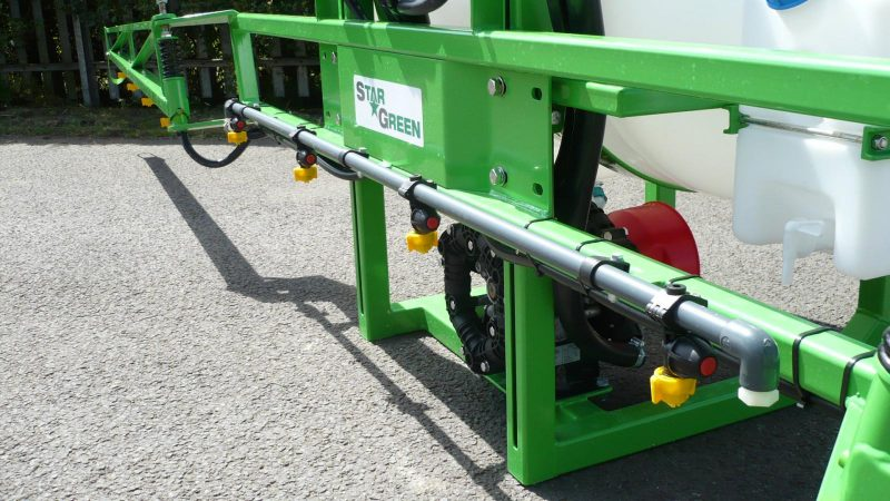 6 metre, high quality manual fold booms with a positive break back action and open position on the AS200 STARGREEN Tractor Mounted Amenity Sprayer