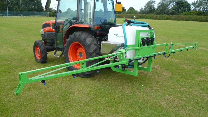 The STARGREEN AS300Pro and AS400Pro tractor-mounted amenity sprayers are high specification amenity sprayers for the professional user