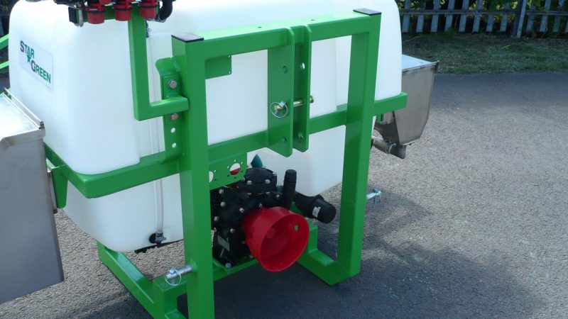 Both the STARGREEN AS300Pro and AS400Pro incorporate a 3 cylinder diaphragm pump