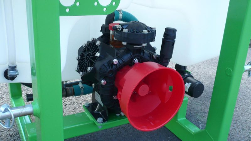 Detail of 3 cylinder diaphragm pump on STARGREEN AS300Pro and AS400Pro