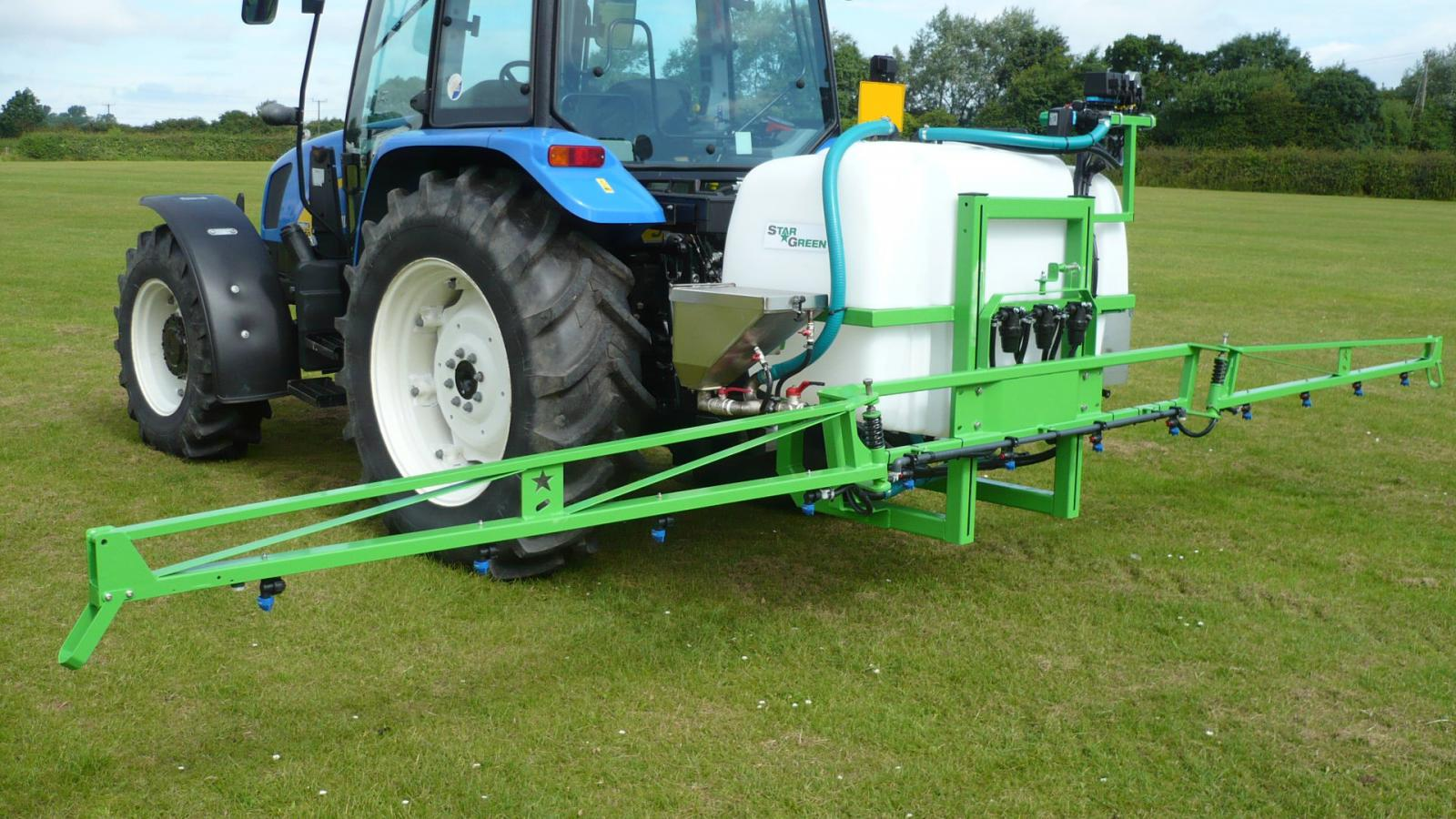 The AS600Pro and AS800Pro tractor-mounted amenity sprayers are rightly regarded by professional greenkeepers and groundsmen as being top quality amenity sprayers, ideal for high quality sports and amenity turf.
