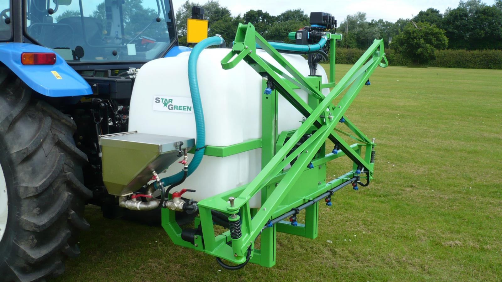 The AS600Pro and AS800Pro are the two largest sprayers in STARGREEN's tractor-mounted amenity sprayer range.