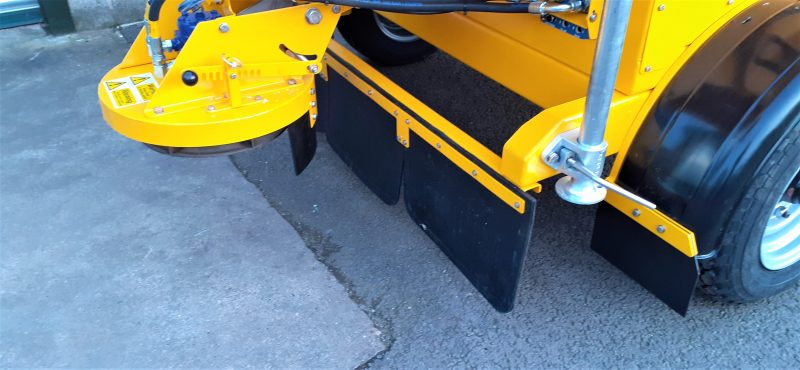 Plastic mudguards on the TS800DC Tug-Towed Salt Spreader
