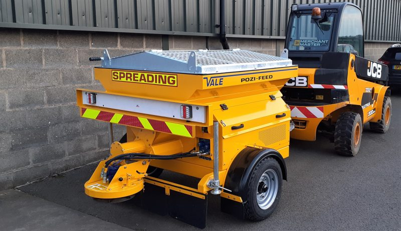 The TS800DC Tug-Towed Salt Spreader (Gritter) is specifically for use off-highway with site-based tugs, such as forklifts and shunter wagons.