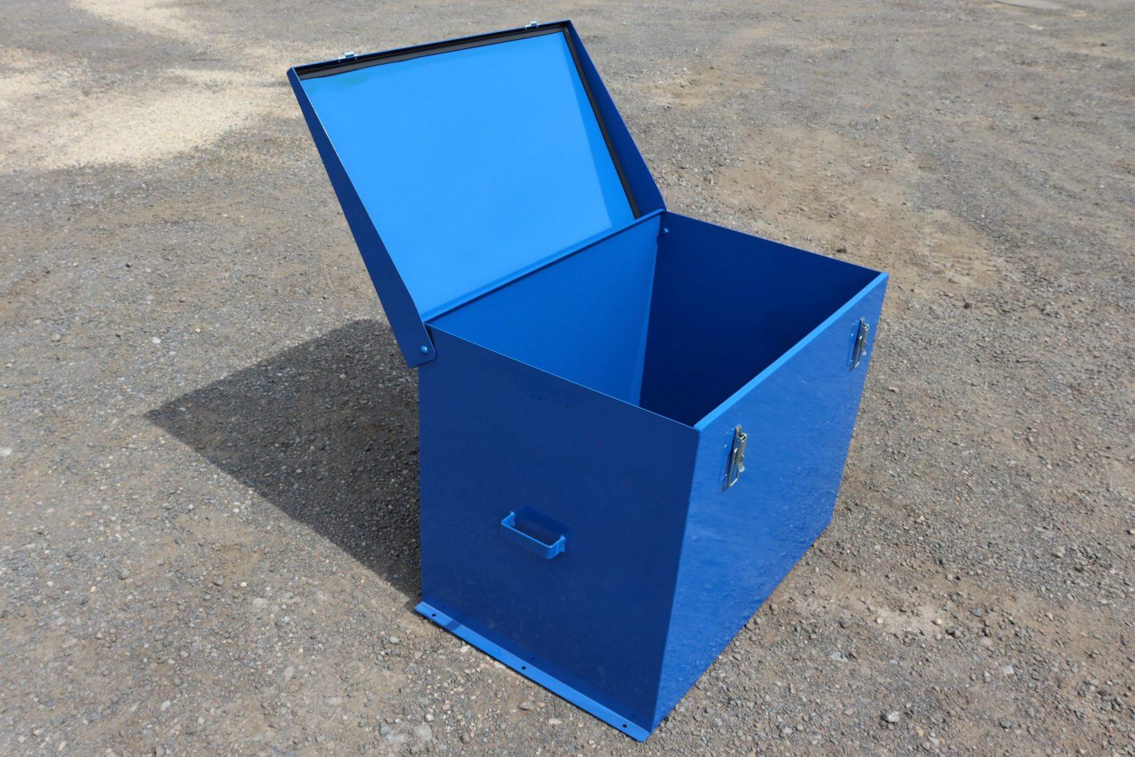 Large Chemical Storage Safe VCS150 has 30 x 5 litre capacity