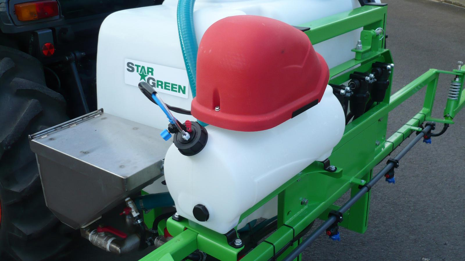 Reservoir on the STARGREEN AS300Pro and AS400Pro Tractor Mounted Amenity Sprayers
