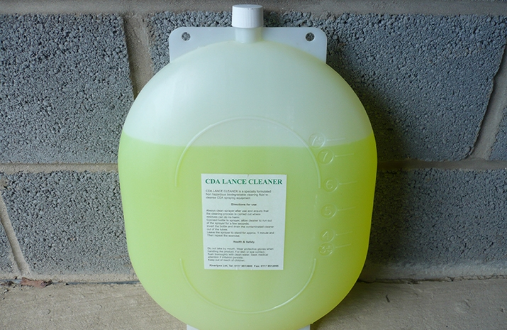 7.5 Litres of RIVERLYNX CDA cleaner supplied in a turtle pack