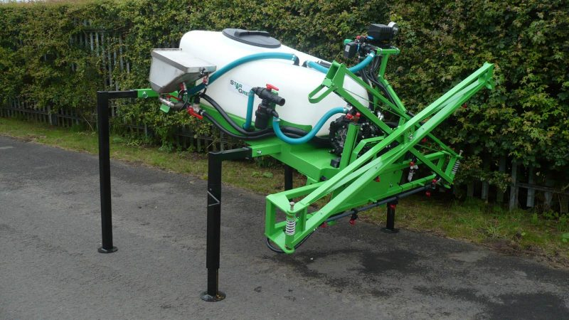 STARGREEN's UTV DemountAmenity Sprayers are attached using the existing pin points and ram mount, making the sprayer easy and quick to both mount and dismount.