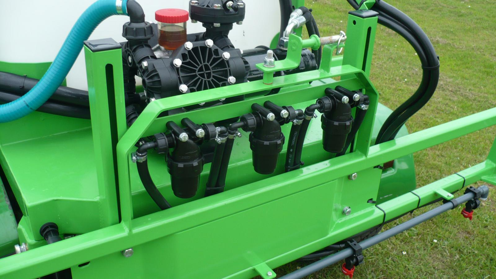 3 inline pressure filters feed the individual boom sections on the STARGREEN UTV DemountAmenity Sprayers