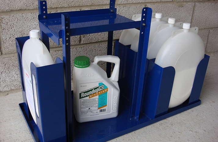 RIVERLYNX Ecomark can be delivered with Glyphosate 360g/litre chemical unmixed (optional). Alternatively, a post-sale mixing option is also now available.