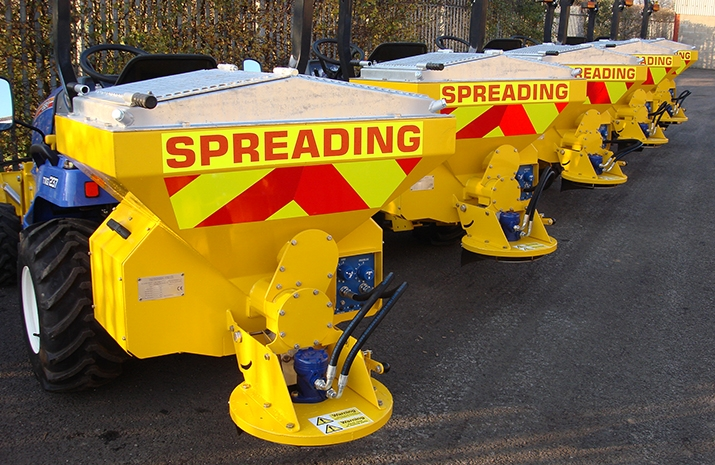 Design incorporates VALE Engineering MS250 Salt Spreader fitted with POZI-FEED augers
