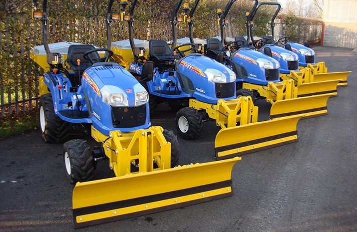 VALE Engineering's Salt Spreader/Snowplough Mini-Tractor Combi is a popular choice for use in car parks and for footpaths and cycleways.
