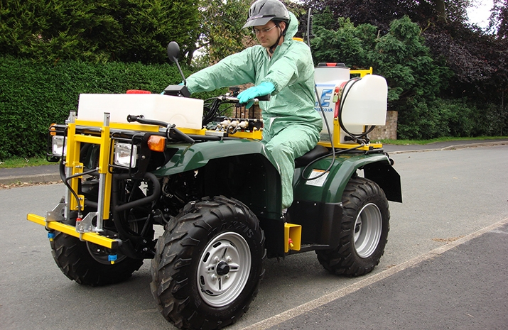 PKL350 has 70 litre Polypropylene sprayer tank fitted with basket filter incorporating baffle