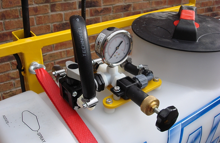 Full Pressure Control and Agitation & Glycerine Pressure Gauge on the ATV quad bike mounted Weed Sprayer