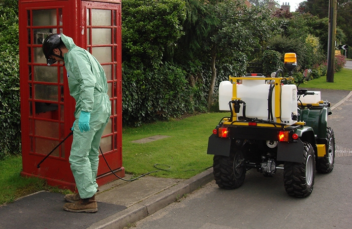 VALE Engineering's ATV quad bike mounted Weed Sprayer has a Telescopic Hand Lance with 5m of Hose
