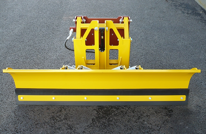 VALE Engineering offers this heavy-duty snow plough design in two standard widths – 1.3m and 1.5m.