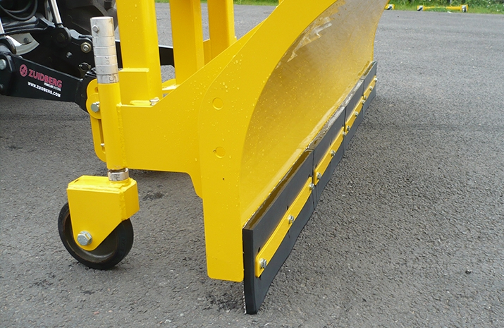 The Tractor Snow Plough SP2400HD heavy-duty snow plough is supplied, as standard, with abrasion resistant rubber wearing edge