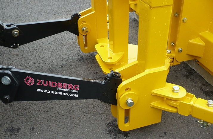 Standard category 2 mounting bracket on VALE Engineering's Tractor Snow Plough SP2400HD