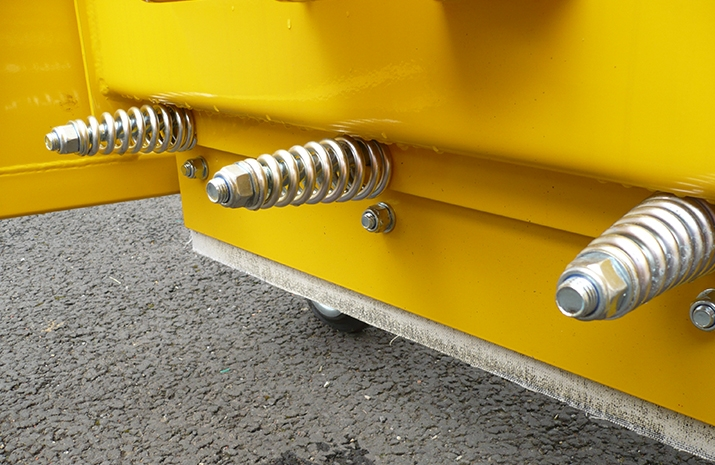 VALE Engineering's Tractor Snow Plough SP2400HD - detail