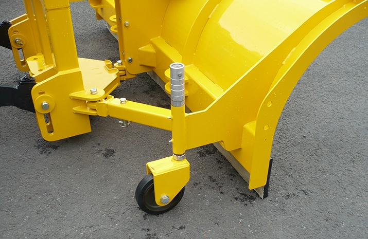 Tractor Snow Plough SP2400HD features 200mm heavy duty height adjustable castors