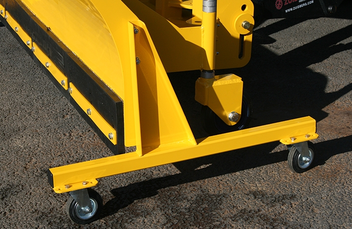 Castor parking stands for VALE Engineering's Tractor Snow Plough SP2400HD - detail