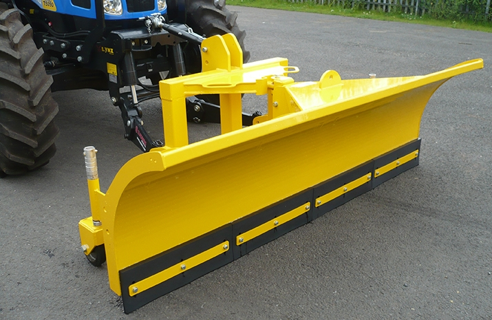 The Tractor Snow Plough SP2400HD is capable of snow ploughing to the left or right as well as bulldozing snow in a central position on roads and highways.