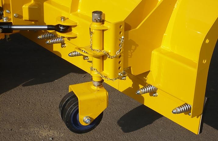 200mm heavy duty height adjustable double castors c/w quick release pins