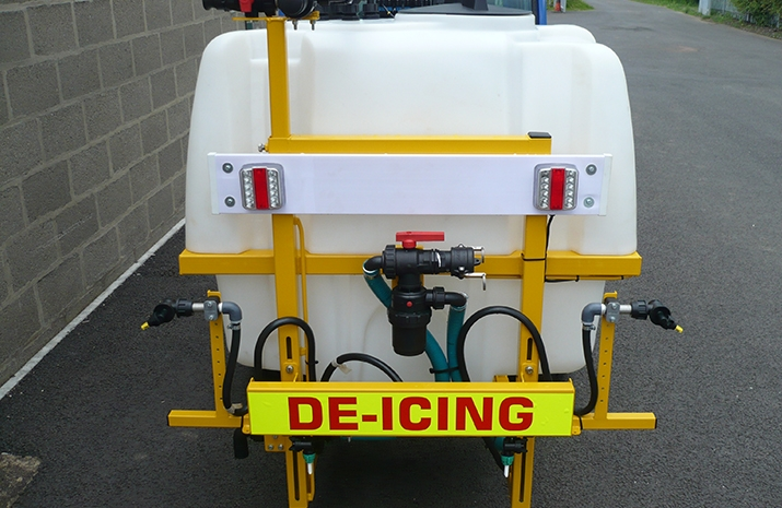 Liquid De-Icing Sprayers incorporate rear spray bar with three individual control sections