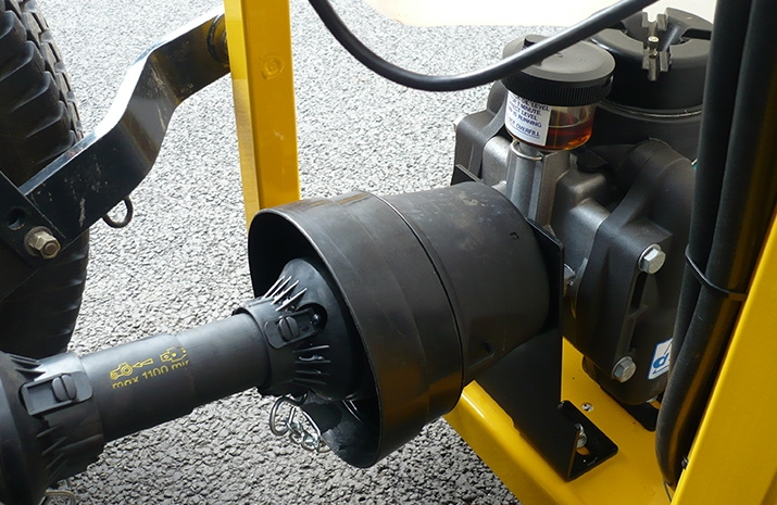 Tractor PTO driven diaphragm pump designed for use with de-icing chemicals