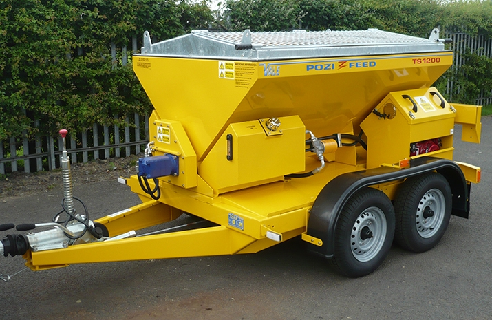 All metal work on the TS1200 salt spreader is blast cleaned, zinc rich powder primed and finished in a polyester powder coat