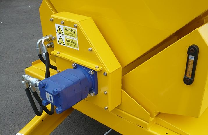 TS1200DC Trailed Salt Spreader (gritter) - detail