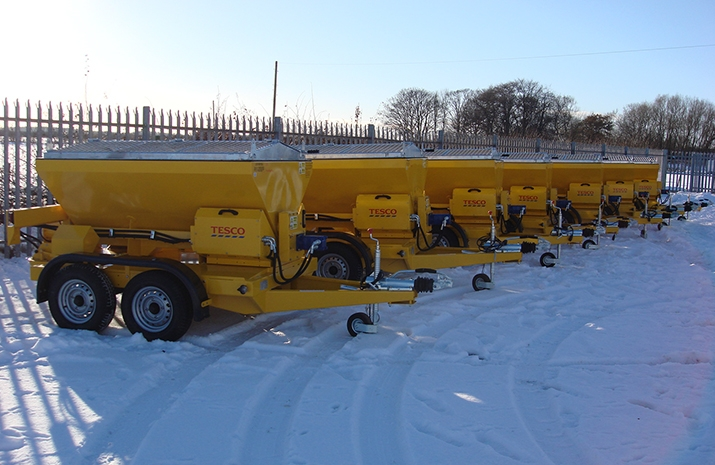 VALE Engineering designed and developed the TS1200DC Trailed Salt Spreader (gritter) specifically for use at distribution centres and manufacturing plants.