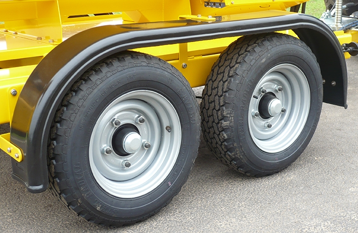 Heavy duty road going wheels and tyres on the VALE TS1700 Tractor Towed Salt Spreader (Gritter) from VALE Engineering