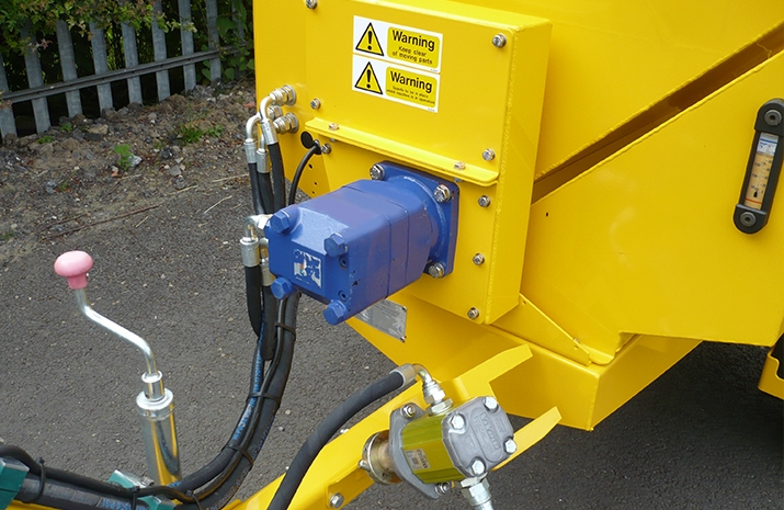 VALE Engineering's VALE TS500 Tractor Towed Salt Spreader (Gritter) - detail