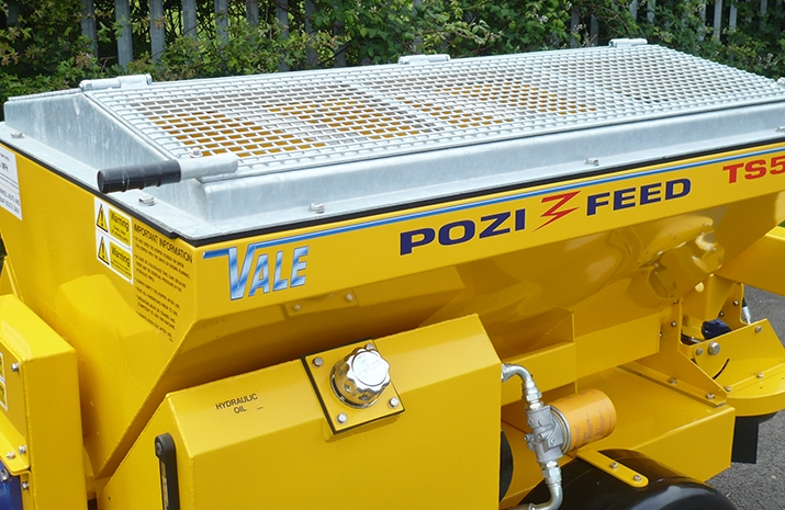 VALE Engineering's VALE TS500 Tractor Towed Salt Spreader (Gritter) has galvanized pitched mesh, complete with access hatch