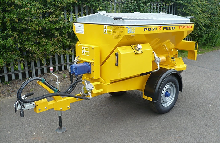 The VALE TS500 Tractor Towed Salt Spreader (Gritter) is ideal for use during periods of ice and snow as part of a planned winter maintenance programme.