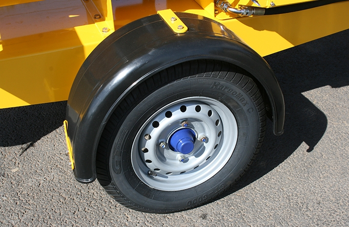The VALE TS500 Tractor Towed Salt Spreader (Gritter) has 8 ply road going wheels and tyres