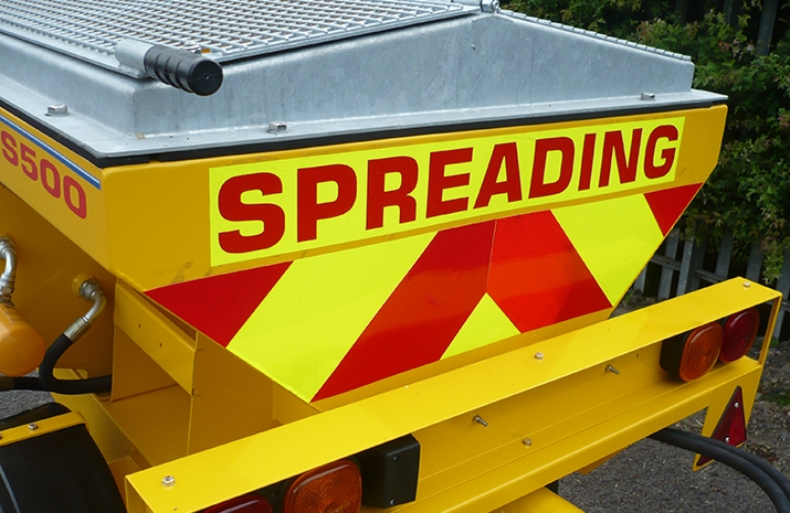 Fluorescent markings on the rear of the VALE TS500 Tractor Towed Salt Spreader (Gritter)