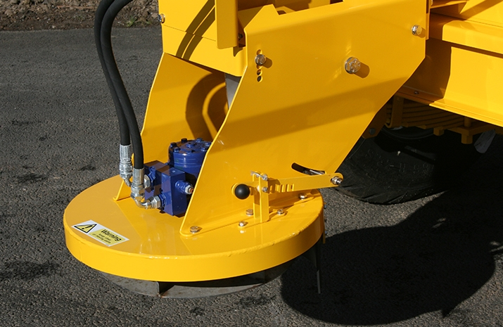 Auger detail on the Tractor Towed Salt Spreader (Gritter) VALE TS5000