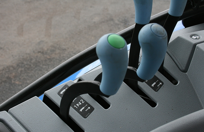 Typical cab control for the Tractor Towed Salt Spreader (Gritter) VALE TS5000 from VALE Engineering