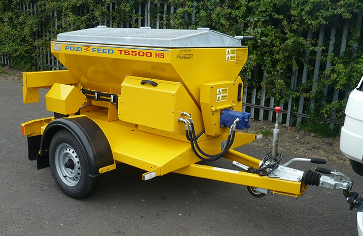 Overall dimensions for VALE Engineering's TS500HS salt spreader (gritter): 3300 x 1760 x 1450mm (length x width x height)