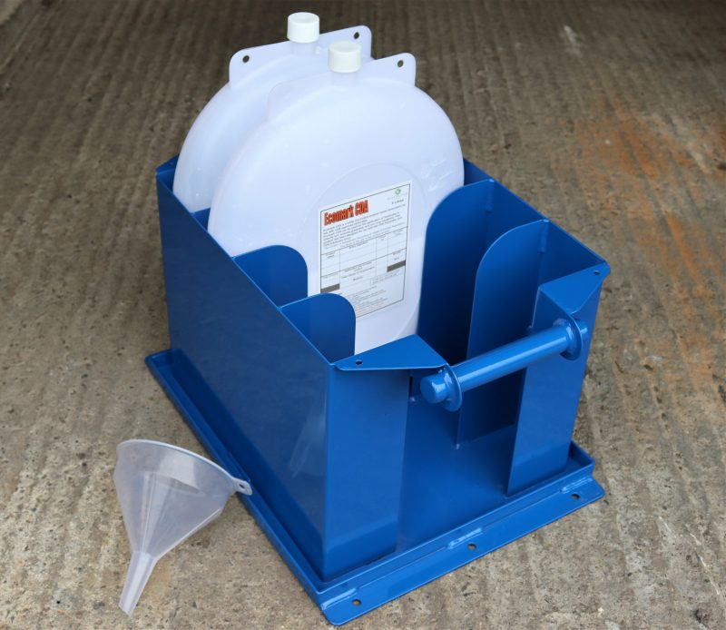 RIVERLYNX Filling Station can be used for filling with liquids or granules