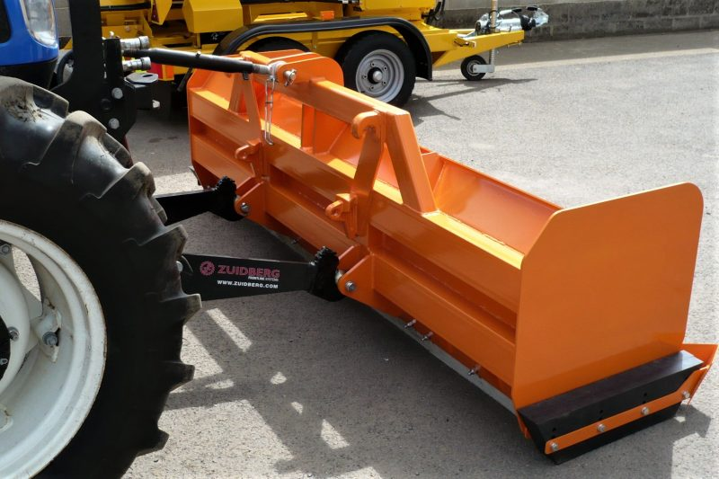 Snow Box - fitted with Category 2 mounting brackets and Euro-Type loader brackets