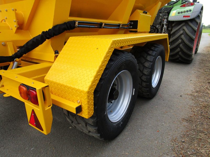 Tractor Towed Salt Spreader (Gritter) VALE TS6000 - High speed road going 8 stud wheels and wide pattern tyres